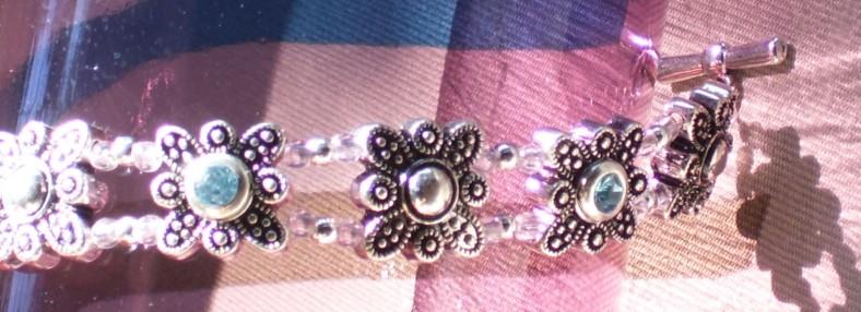 swarovski crystal magnetic link closeup