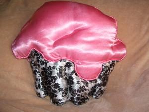 cupcake pillow pink