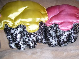 cupcake pillow duo, pink and yellow