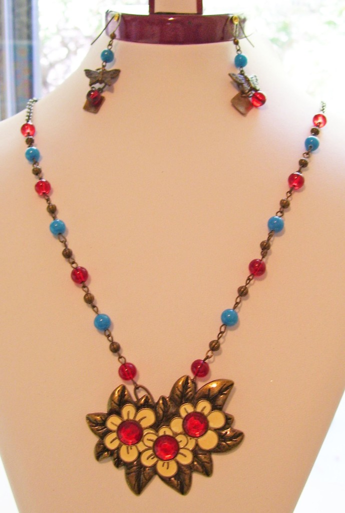 bronze, yellow, red, daisy trio necklace set