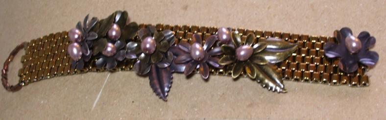 flower cuff bracelet image