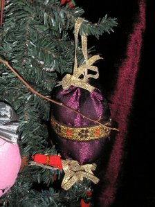 ball ornament, burgundy gold ribbon bow, floral ribbon accent