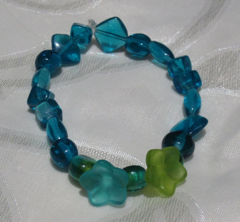 blue, teal, lime green, flower, glass bead stretch bracelet