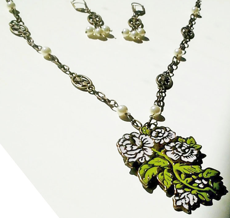 Flowers necklace set