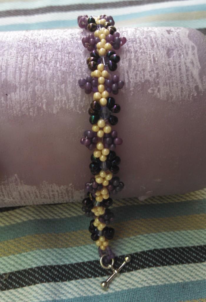 daisy weave bracelet purple