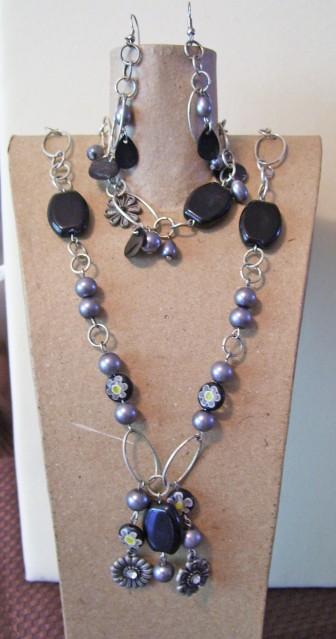 black silver necklace set