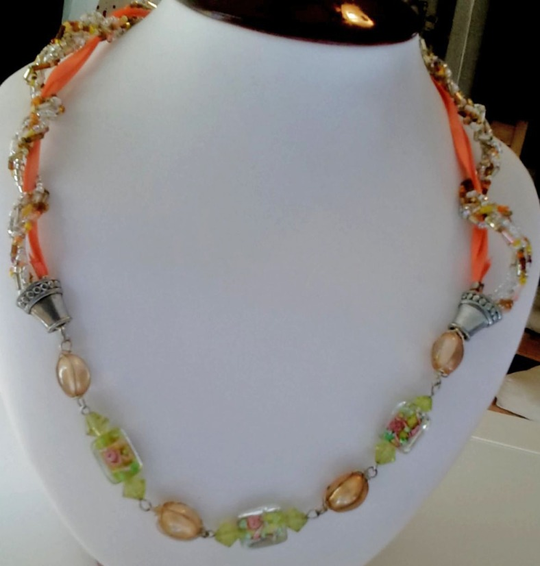 peach twist necklace